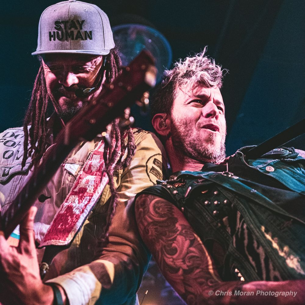 CONCERT REVIEW:  MICHAEL FRANTI AND SPEARHEAD @ CONCORD MUSIC HALL, CHICAGO, 10/24