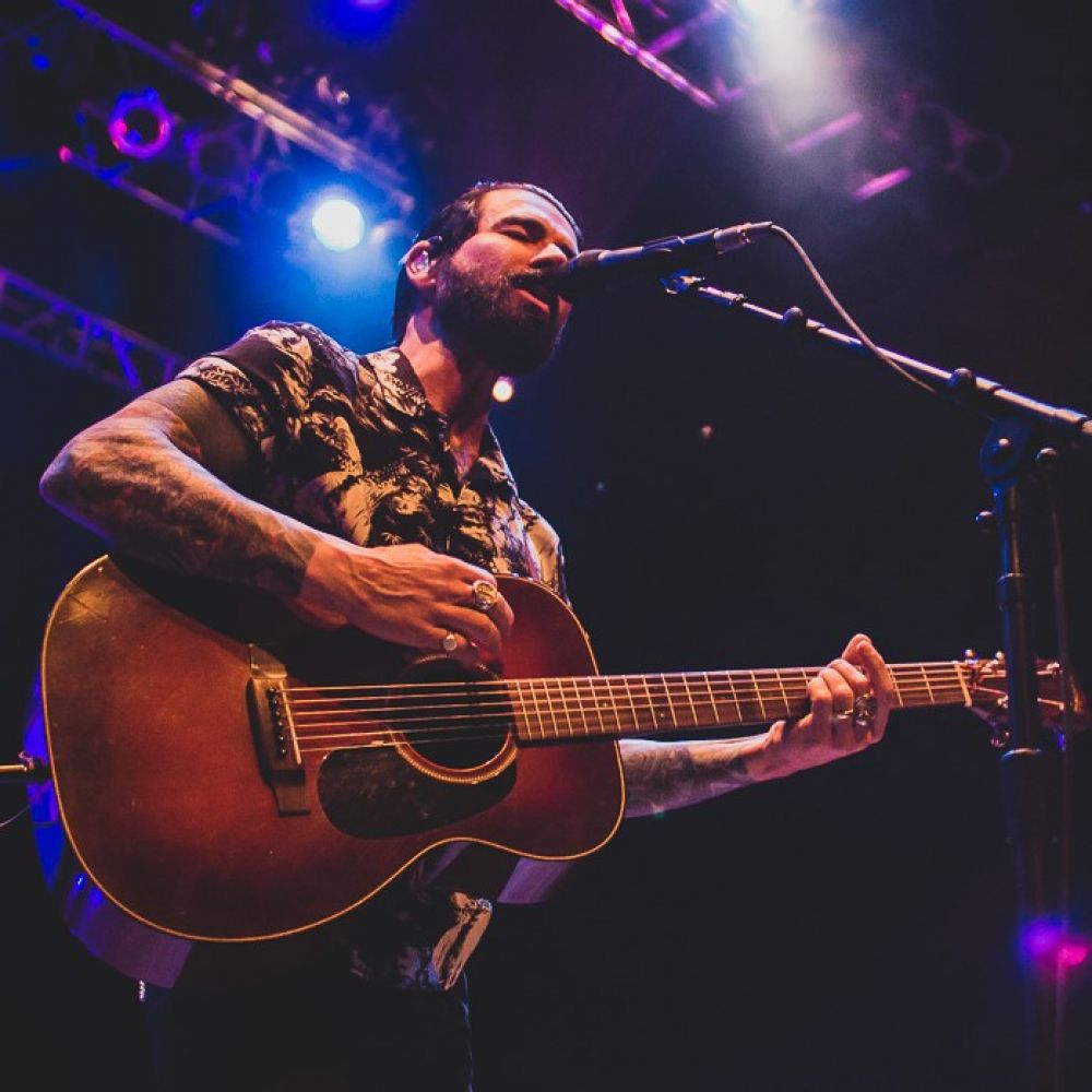 CONCERT REVIEW:  DASHBOARD CONFESSIONAL W/ PIEBALD @ HOUSE OF BLUES, DALLAS, 2/4