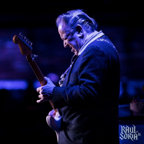 CONCERT REVIEW:  JIMMIE VAUGHAN @ THE BLUE NOTE, HONOLULU, 8/13