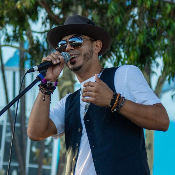 CONCERT REVIEW:  REMIX @ THE CRAWFISH FESTIVAL, LONG BEACH, CA, 7/28